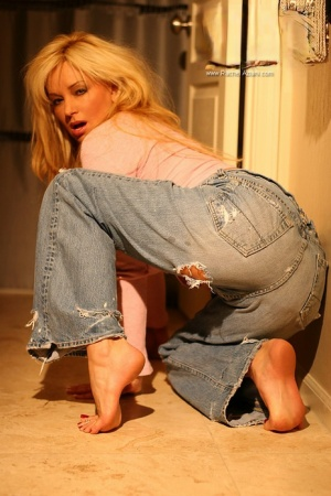Mature In Jeans Pics
